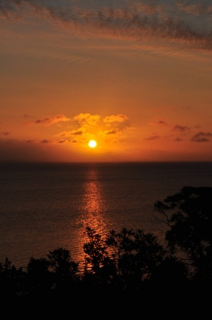 Sunset image to express final expenses life insurance emotions.